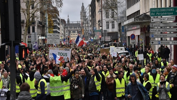 Manifestation Lille acte LXII